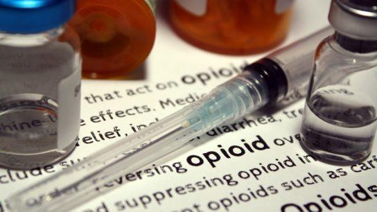 opioids and syringe